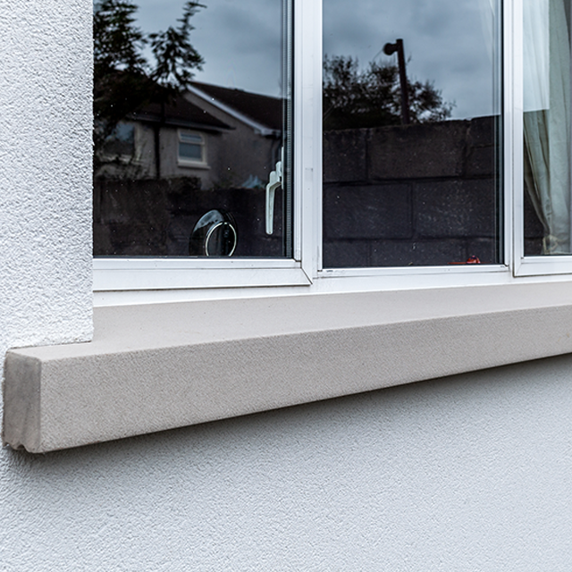 Insulated window sill